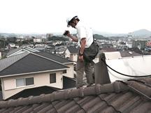 屋根に登ってのビデオ診断