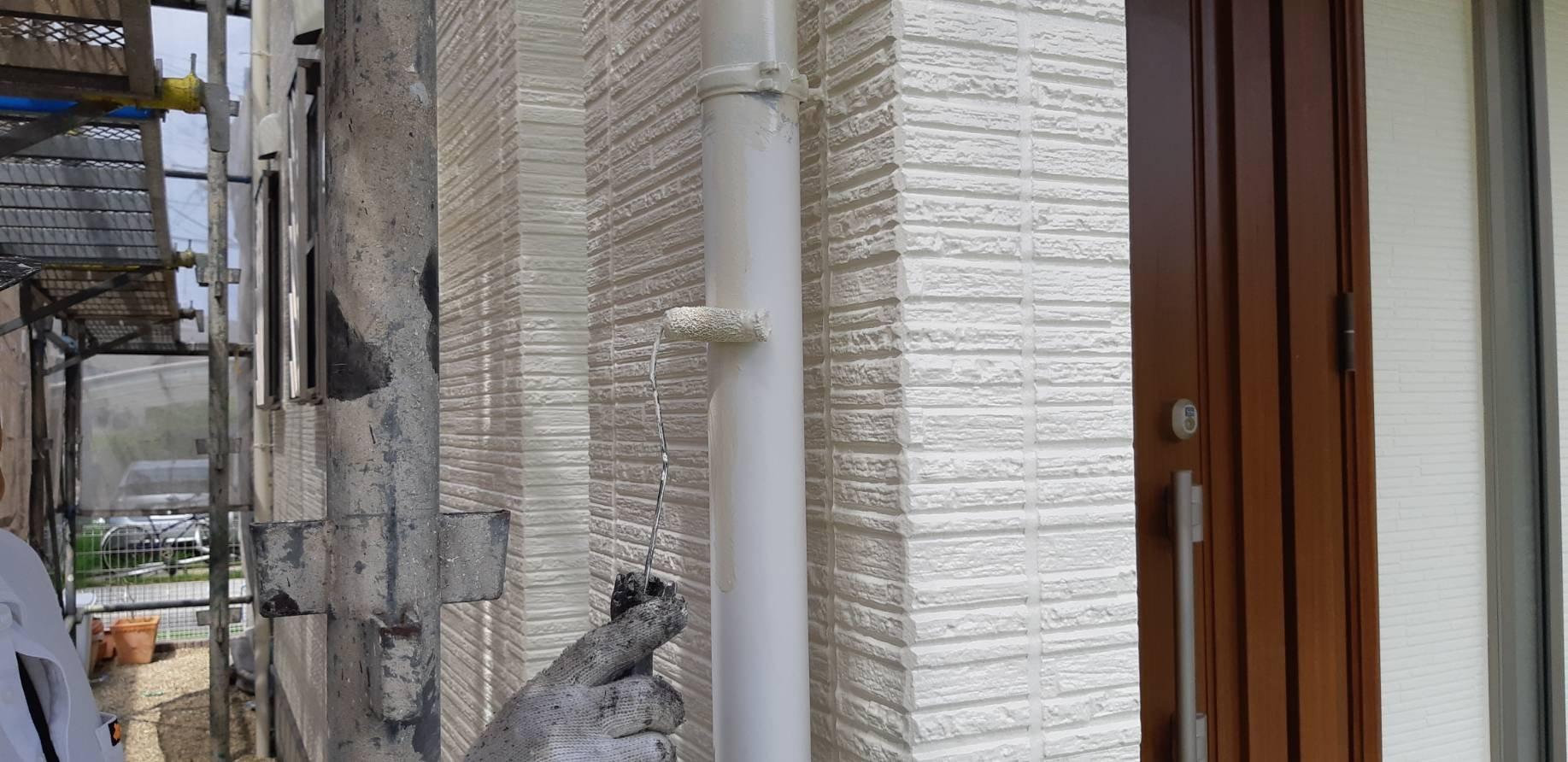 福岡県古賀市I様邸施工6日目付帯塗装作業