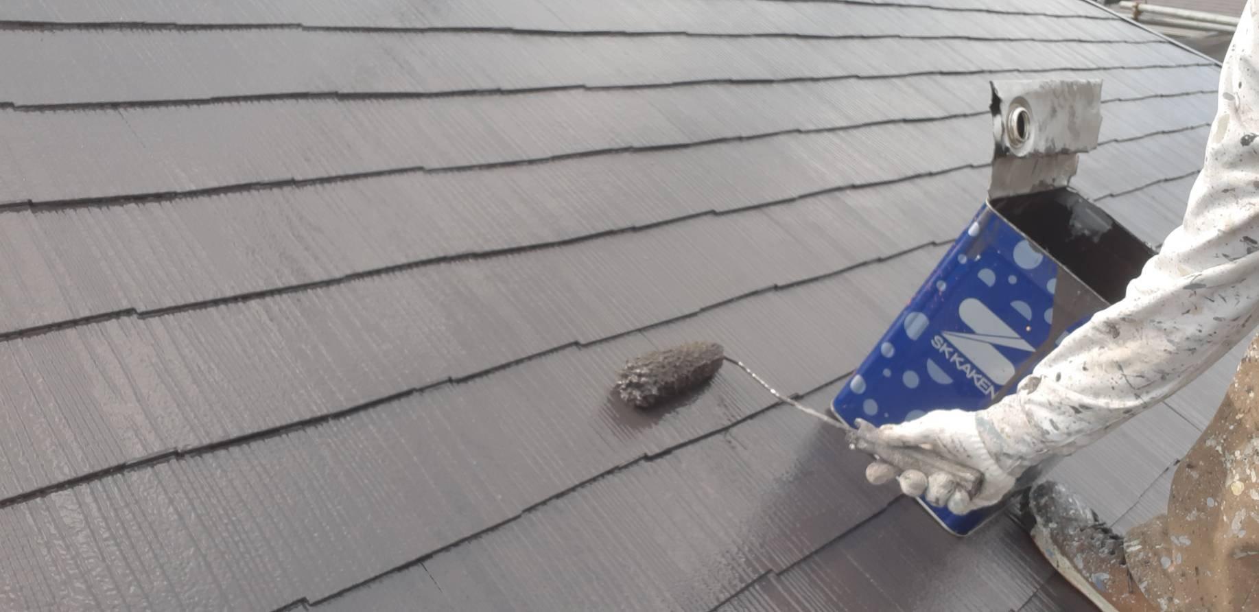 福岡県自由ヶ丘南H様邸施工5日目屋根上塗り外壁上塗り付帯塗装作業