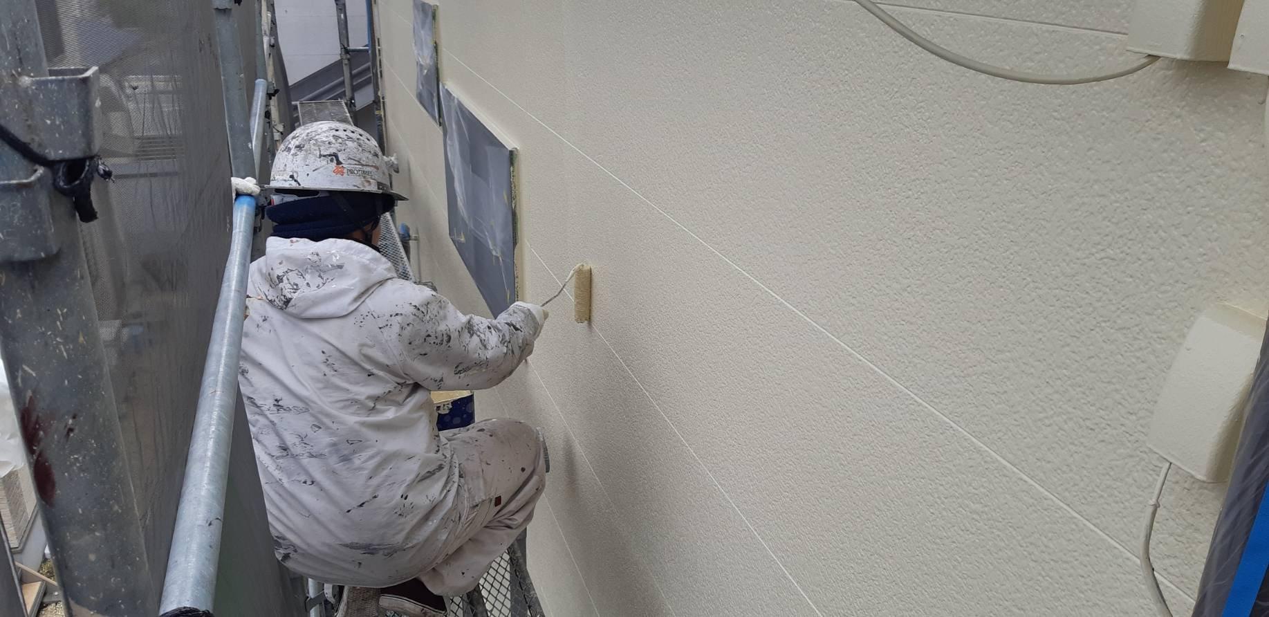 福岡県古賀市美明S<br> 様邸施工6日目外壁上塗り修正清掃完了検査作業