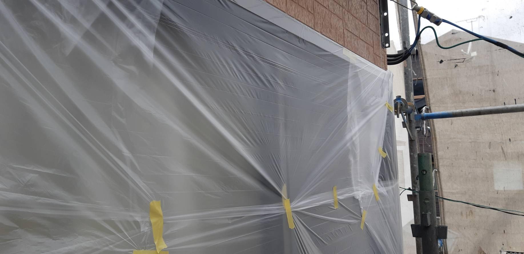 福岡県北九州市門司区U<br> 様邸施工2日目養生さび止め軒天塗装作業