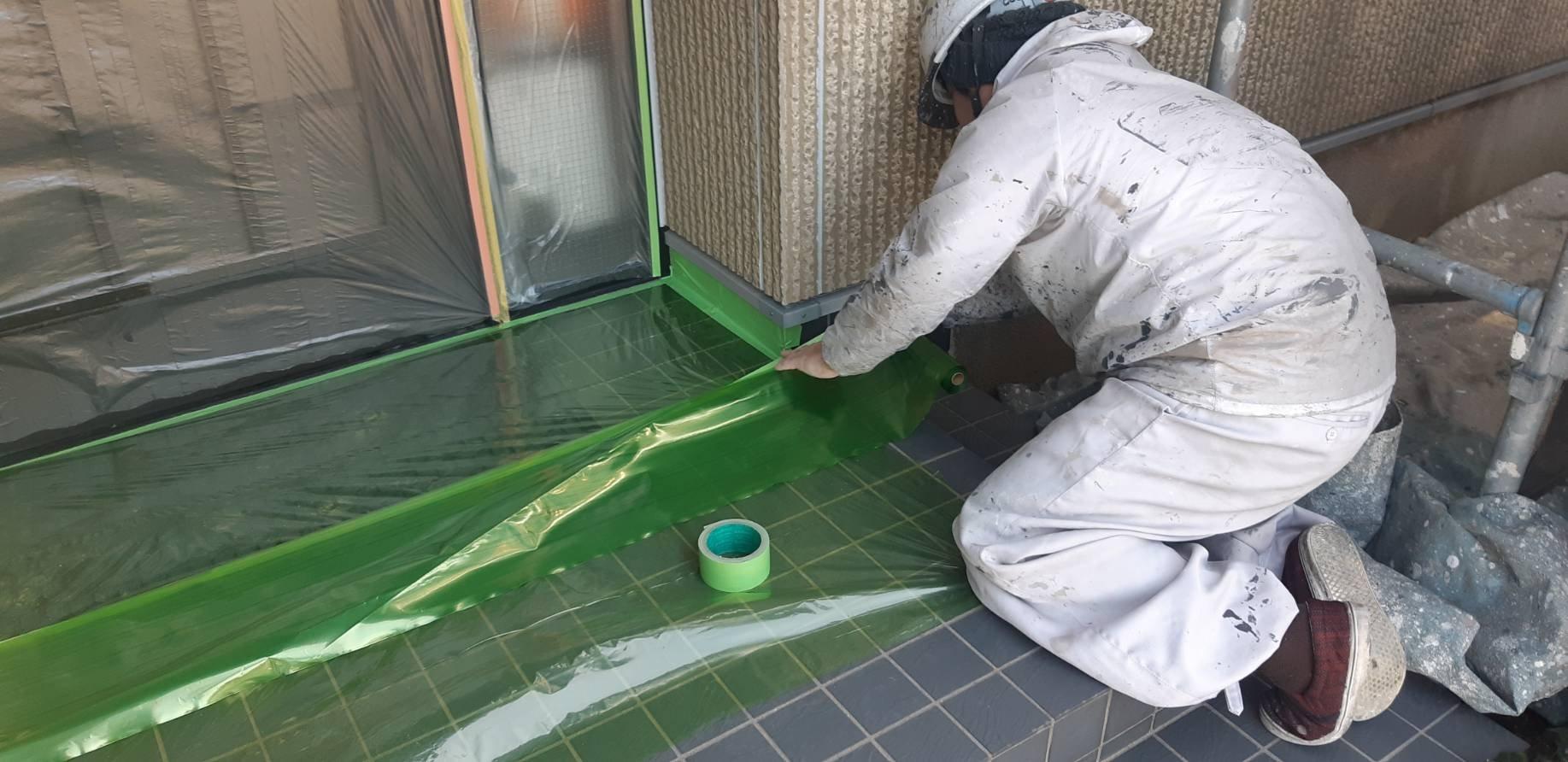 福岡県宗像市三郎丸M様邸施工2日養生さび止め屋根下塗り付帯塗装作業