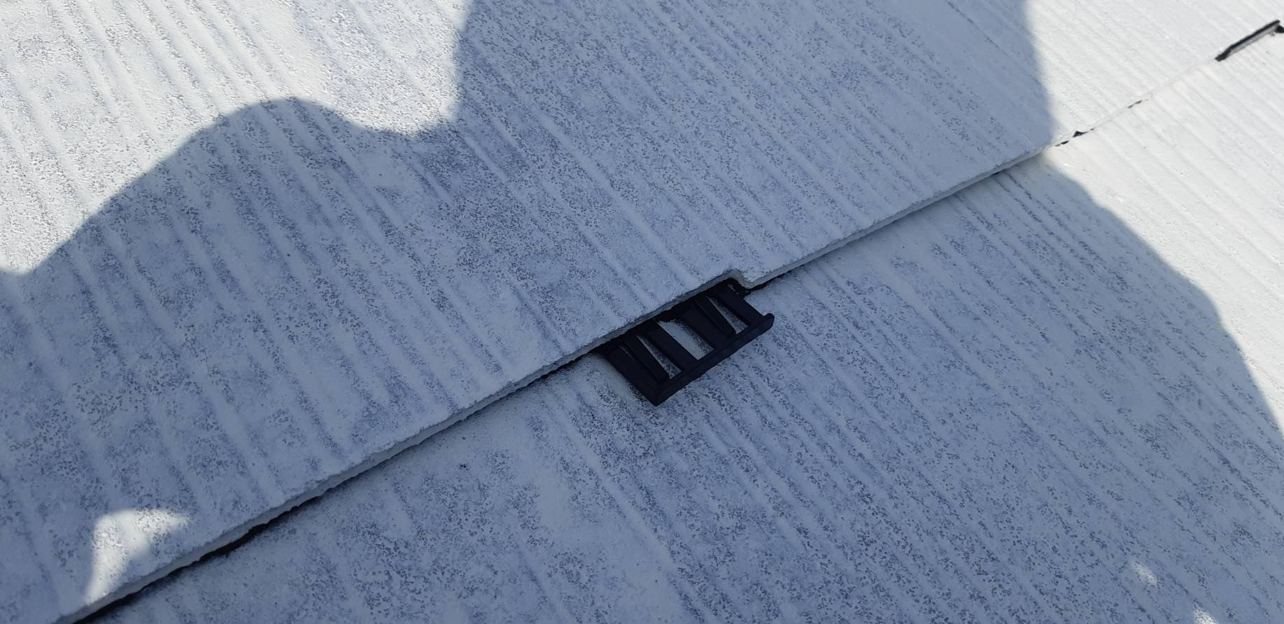 福岡県北九州市門司区U<br>様邸施工5日目屋根上塗り外壁上塗り作業