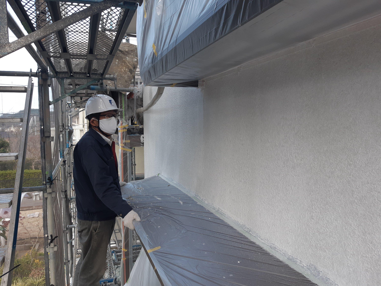 宗像市泉ヶ丘 M様邸施工5日目外壁中塗り作業