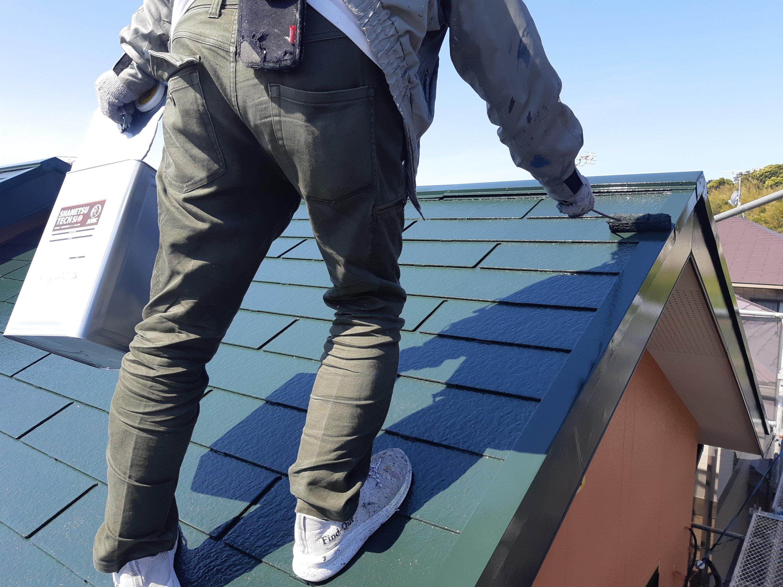 宗像市くりえいと K様邸施工8日目屋根上塗り作業